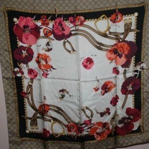 "Gucci Silk BLOOMS Floral Scarf Shawl 35"" x 35"""